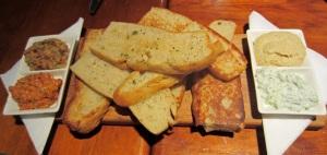 Breads & Dips